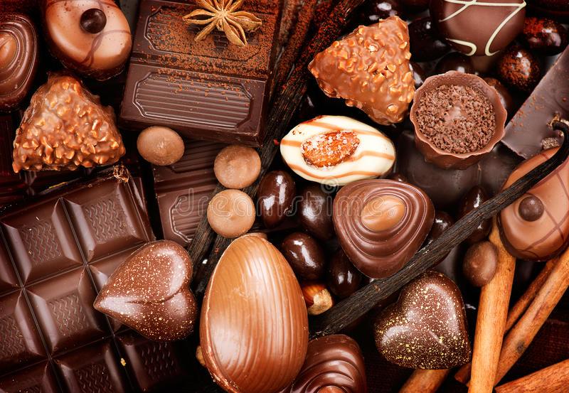 How+To+Make+Summer+Desserts%3A+Molten+Dark+Chocolate+Cakes